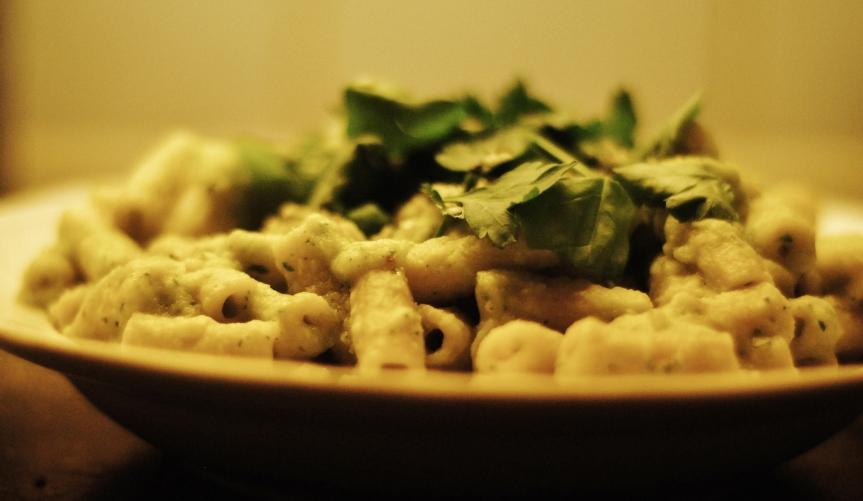 Vegan Macaroni met Witte Saus(glutenvrij)