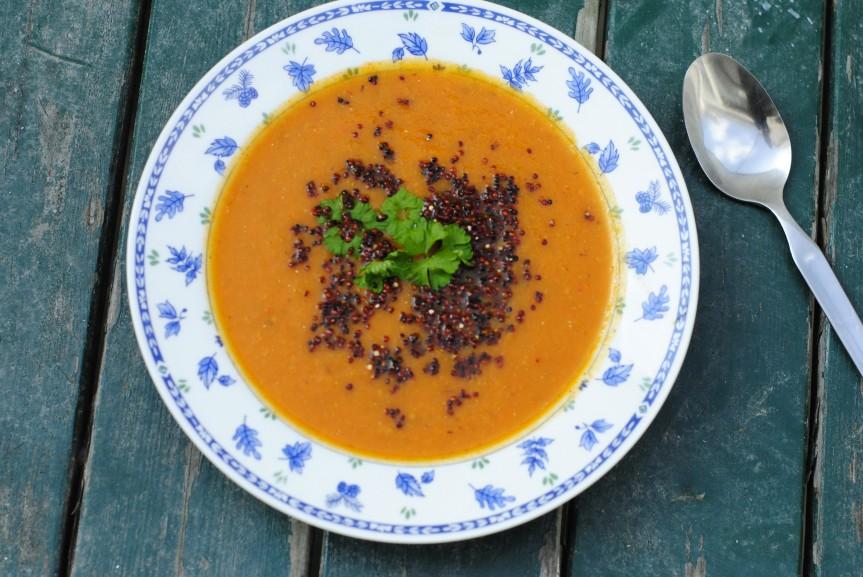 Geroosterde Gele Paprika & Tomatensoep met GepofteQuinoa