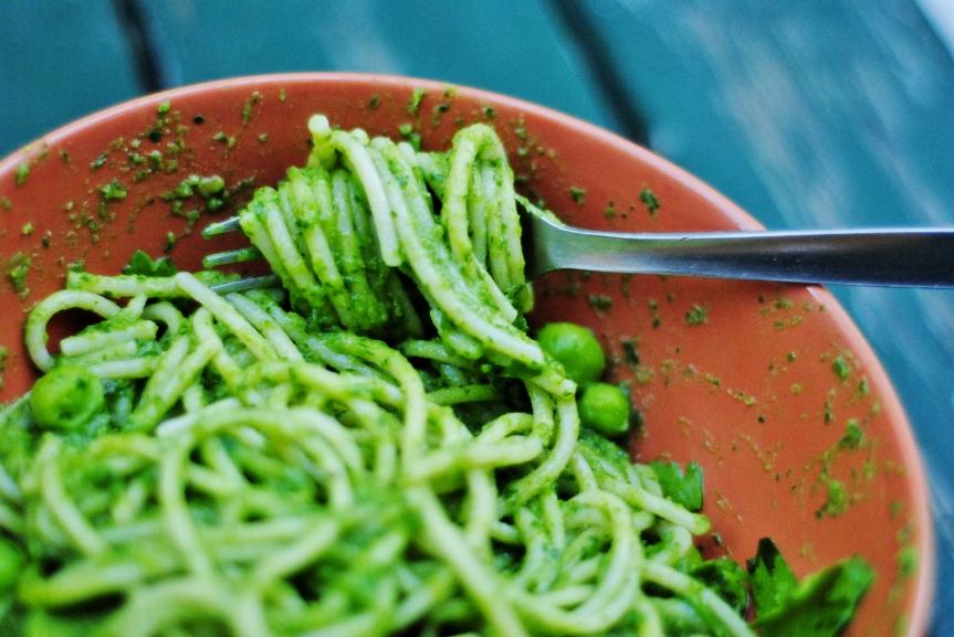 Pasta Pesto met Peterselie en Erwtjes (Vegan &Glutenvrij)