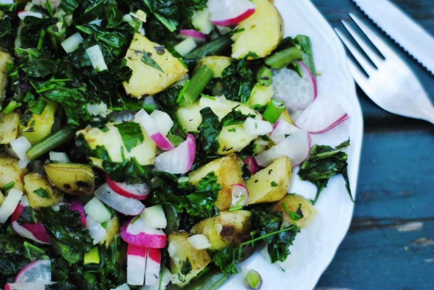 Lauwe Salade van Nieuwe Aardappelen &Boerenkool
